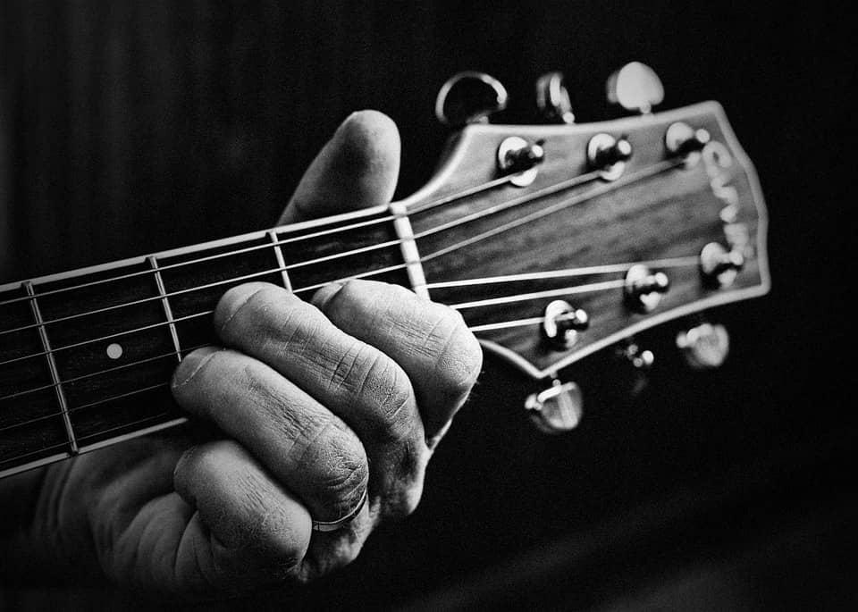 main guitare
